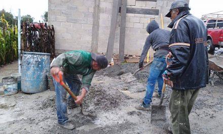 Programa piso firme beneficia a 21 familias de Villa de Tezontepec