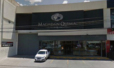 Asaltan tienda de vinos y licores Magadán Quima