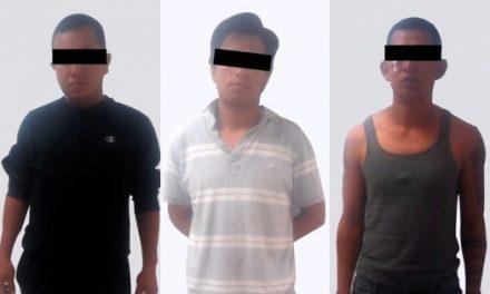 Asegura Policía Estatal a tres presuntos traficantes de personas
