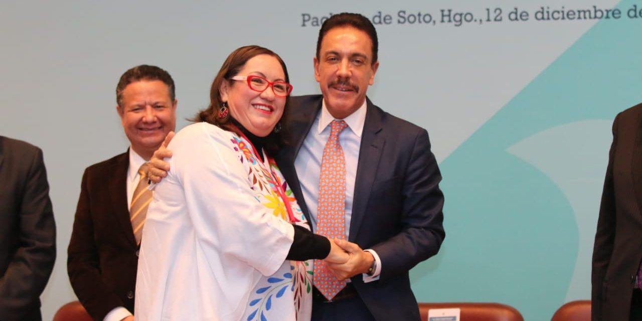 Tania Meza recibe Medalla al Mérito en la Promoción y Defensa de los Derechos