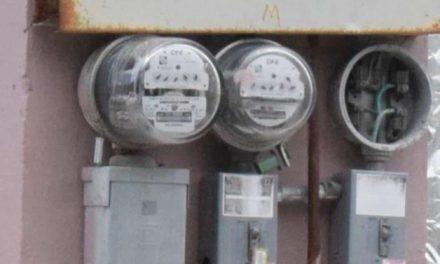 Disminuyó 17% costo de energía eléctrica para comercios