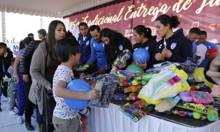 Club Pachuca pintó sonrisas por Día de Reyes