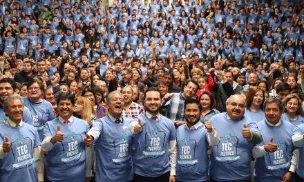Que egresados se inserten al campo laboral, reto de Gobierno: Alejandro Enciso