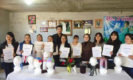 En Zempoala imparten capacitación para el autoempleo de mujeres