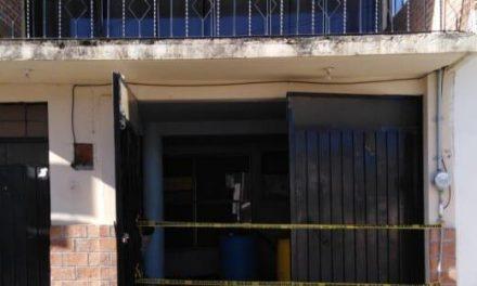 Aseguran vivienda con hidrocarburo en Santiago Tulantepec