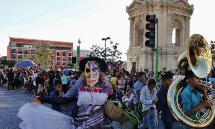 Color, magia y tradición en las calles de la capital hidalguense