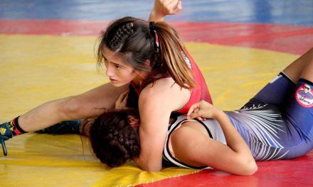 Exhibición de Lucha Olímpica Femenil en Tulancingo