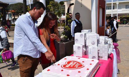 Celebraron 19 matrimonios en Santiago Tulantepec