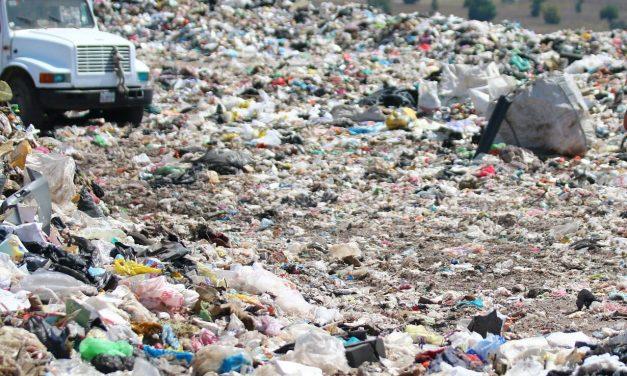 Buscan apoyo de empresas para sanear tiradero de El Arenal
