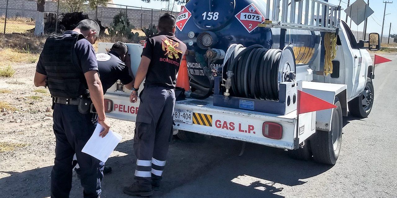 Supervisan en Tolcayuca vehículos que transportan gas LP