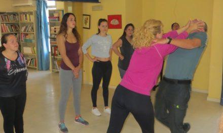 Mujeres zapotlanenses se preparan en materia de defensa personal