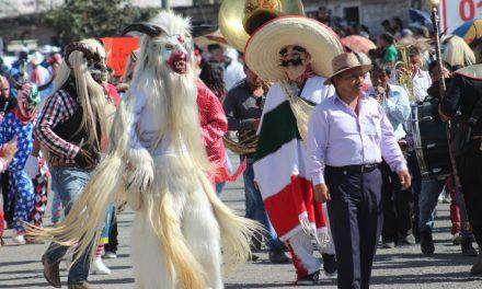 Celebran carnaval «Orgullo y tradición» en Santiago Tulantepec