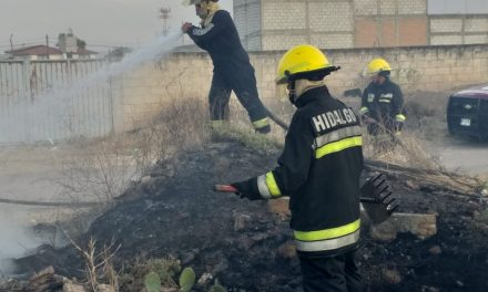 Se registró incendio en lote baldío en Pachuca