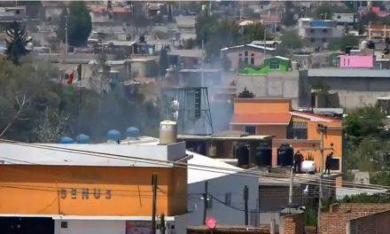 Se incendia fábrica de veladoras en Tulancingo