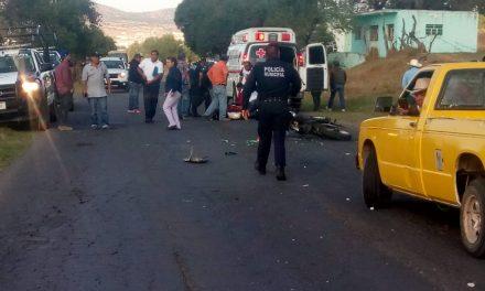 Accidente en Apan deja dos heridos