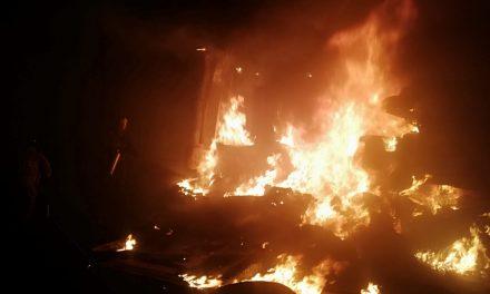 Se registra incendio en corralón de Tizayuca