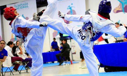Taekwondo con la mira en la Olimpiada Regional