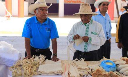 """Abrirán tiendas """"Somos Hidalgo"""" y tienda en línea de artesanías"""