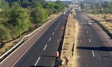 SOPOT realizó trabajos de limpieza sobre carretera Pachuca–Huejutla