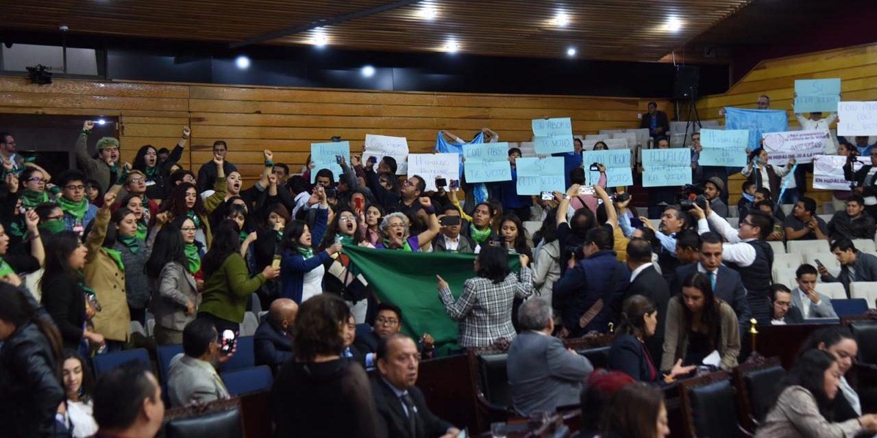 Piden a legisladores de Morena destensar tema de despenalización del aborto