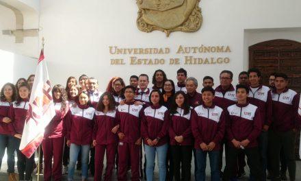 Abanderan a delegación depórtiva de la UAEH rumbo a universiada