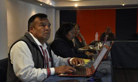 Hidalgo, sede de reunión para análisis y diseño de libros de educación indígena