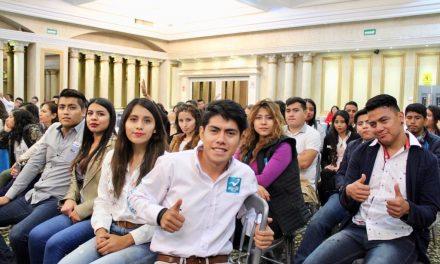 Imparten conferencia a jóvenes aliancistas