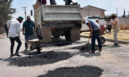 Refuerzan programa de bacheo en Zapotlán De Juárez