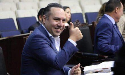 Canek Vázquez no ha incurrido en actos anticipados de campaña, señala TEEH