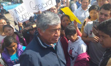Bloquean avenida principal de Tizayuca para exigir suspensión de gasera