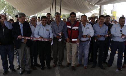 Pavimentación asfáltica en Huitzila beneficia a 400 habitantes