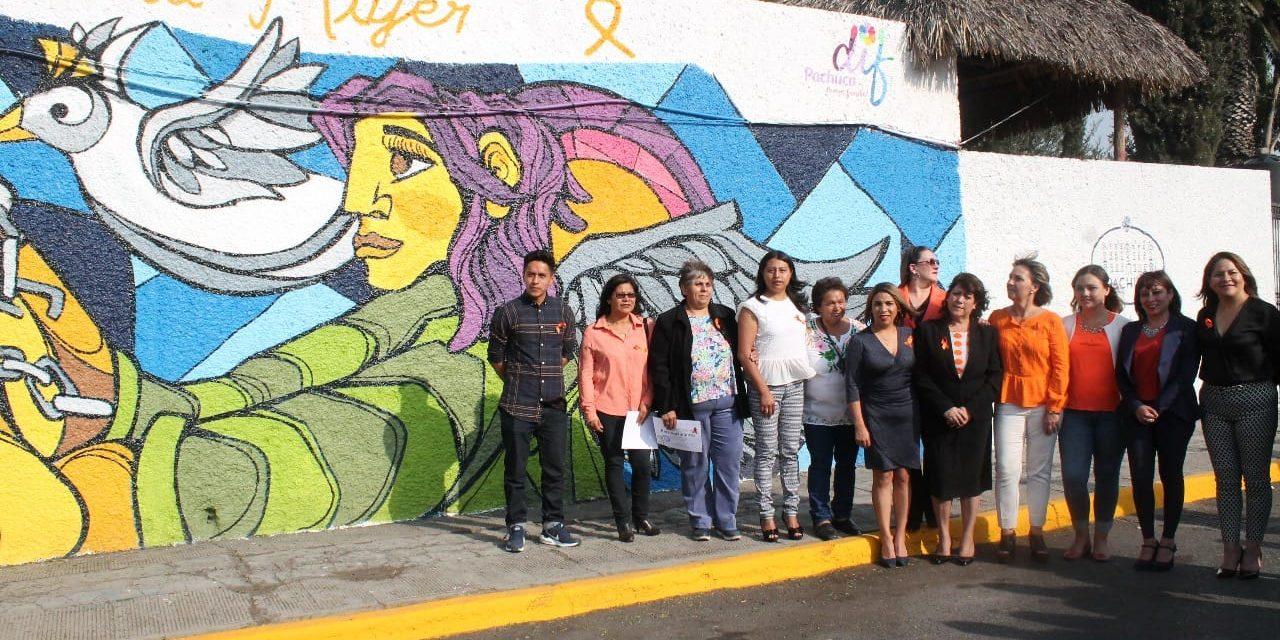 Develan mural contra la violencia a la mujer