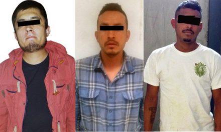 Detiene Seguridad Pública a a tres sujetos, por robo y portación de armas