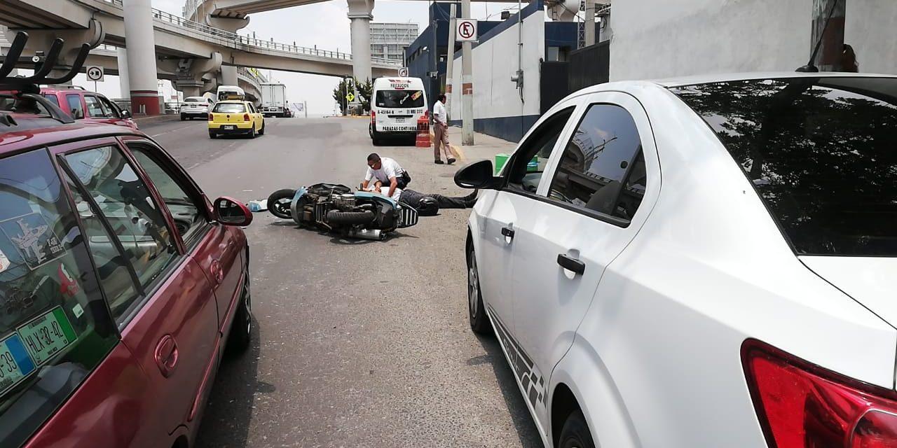 Automovilista impacta a motociclista en Colosio y huye