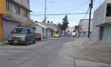 La invasión de espacios públicos es una constante en Pachuca