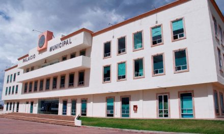 Vecinos de Tulancingo denuncian afectaciones en calle Narciso Mendoza