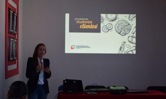 Capacitan a vendedores de alimentos de Santiago Tulantepec
