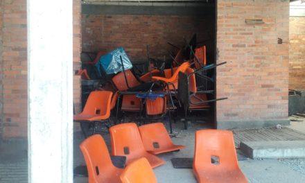 Padres de Familia denuncian pésimo estado de primaria de Tizayuca