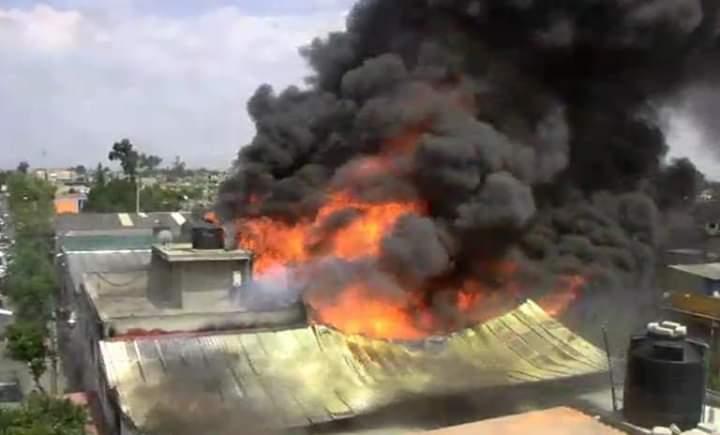 Se registra fuerte incendio en el Chamizal, Ecatepec