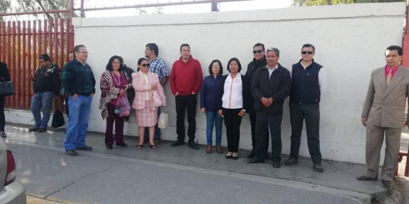 Empleados de CECATI realizan paro estatal
