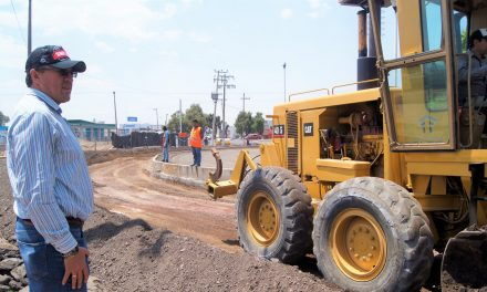 Alcalde de Tepeapulco supervisa avance de obra