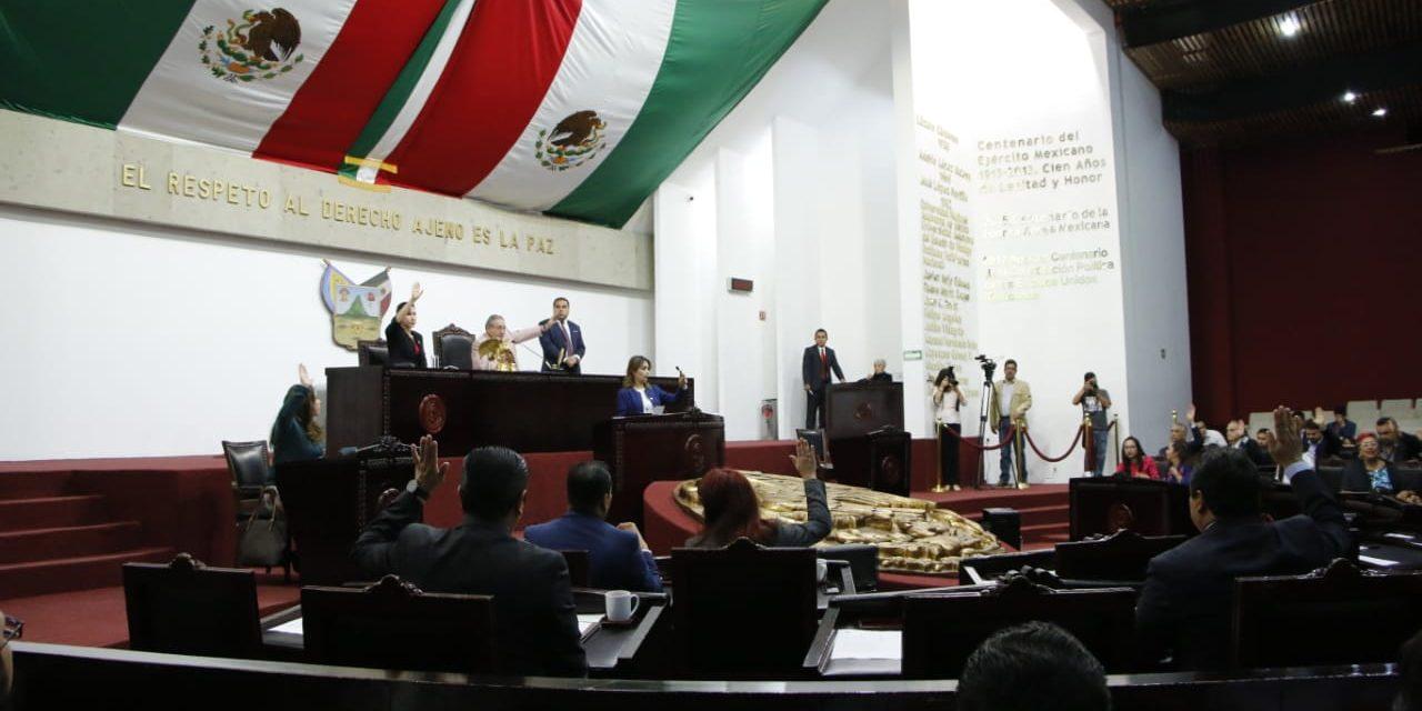 Defiende Morena inscripción en muro por aniversario del Congreso