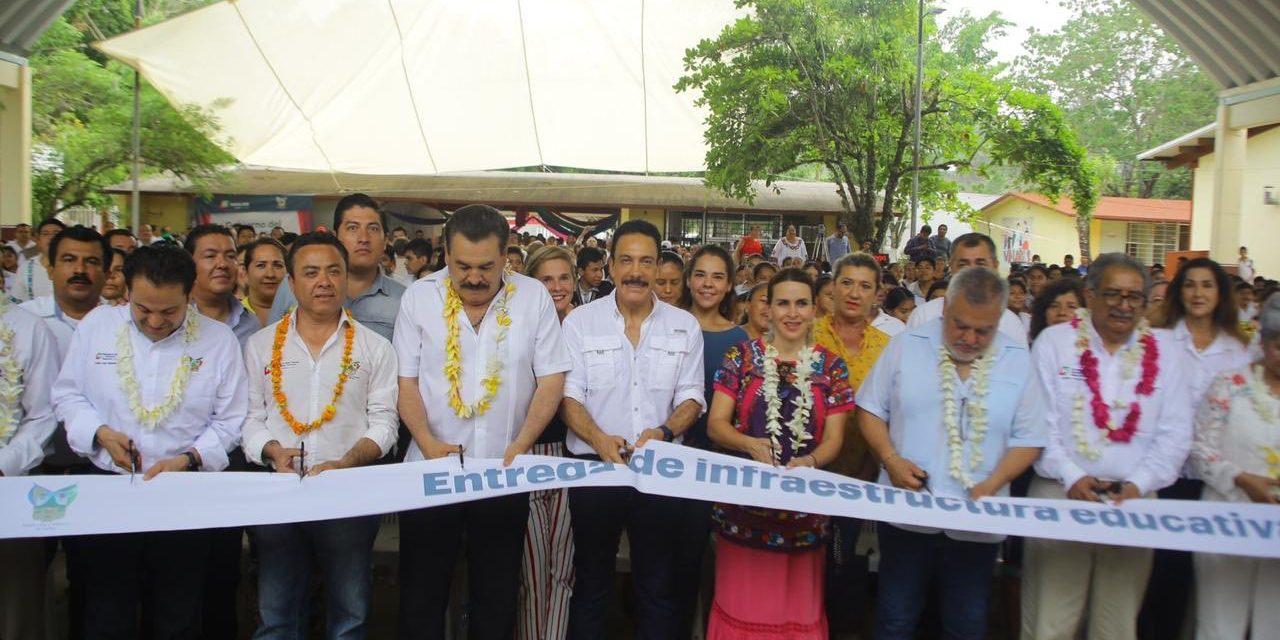 Hidalgo construye liderazgos con trabajo responsable: Omar Fayad