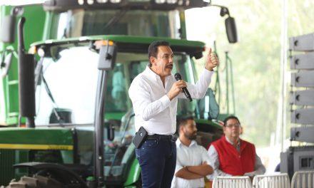 Gobierno estatal entrega  apoyos a productores de 6 municipios