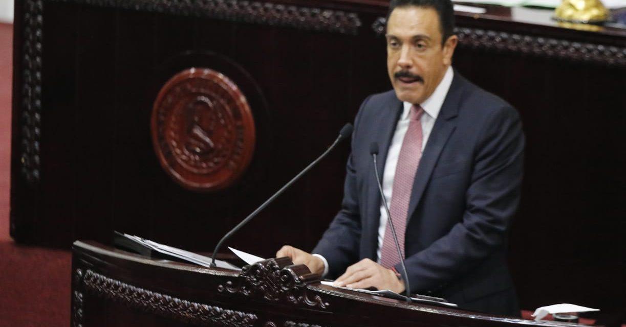 Gobierno estatal devolvió al Congreso la minuta de orden de apellidos en acato a la SCJN