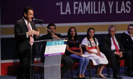 """Fayad inaugura X Congreso de la Familia, """"La Familia y las Nuevas Tecnologías"""""""