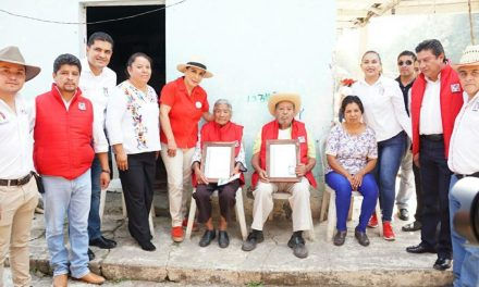 Dirigentes del PRI estatal vistan la zona Otomí-Tepehua