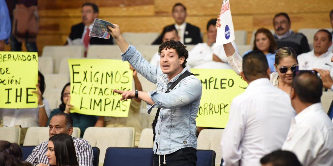 Protestan organizaciones por convocatoria de consejo ciudadano de búsqueda