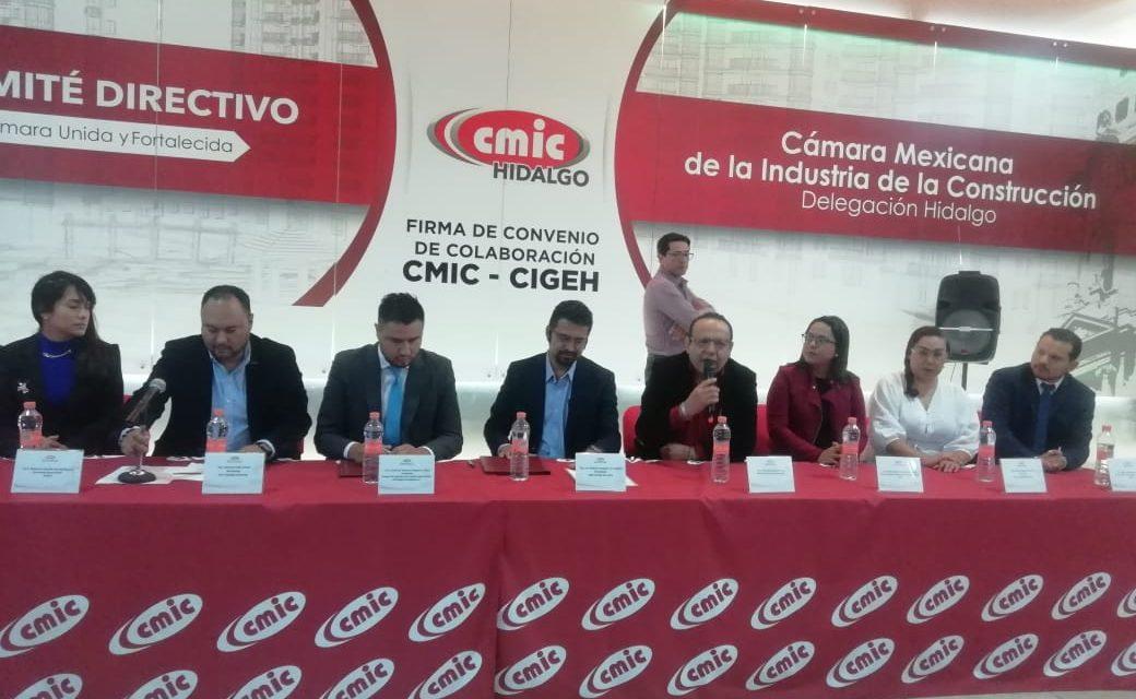 Para apoyar a jóvenes CMIC firma convenio con el Colegio de Ingenieros