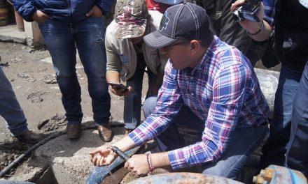 Alcalde de Tepeapulco firma acuerdos para mejorar suministro de agua